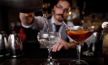 Barman01.jpg