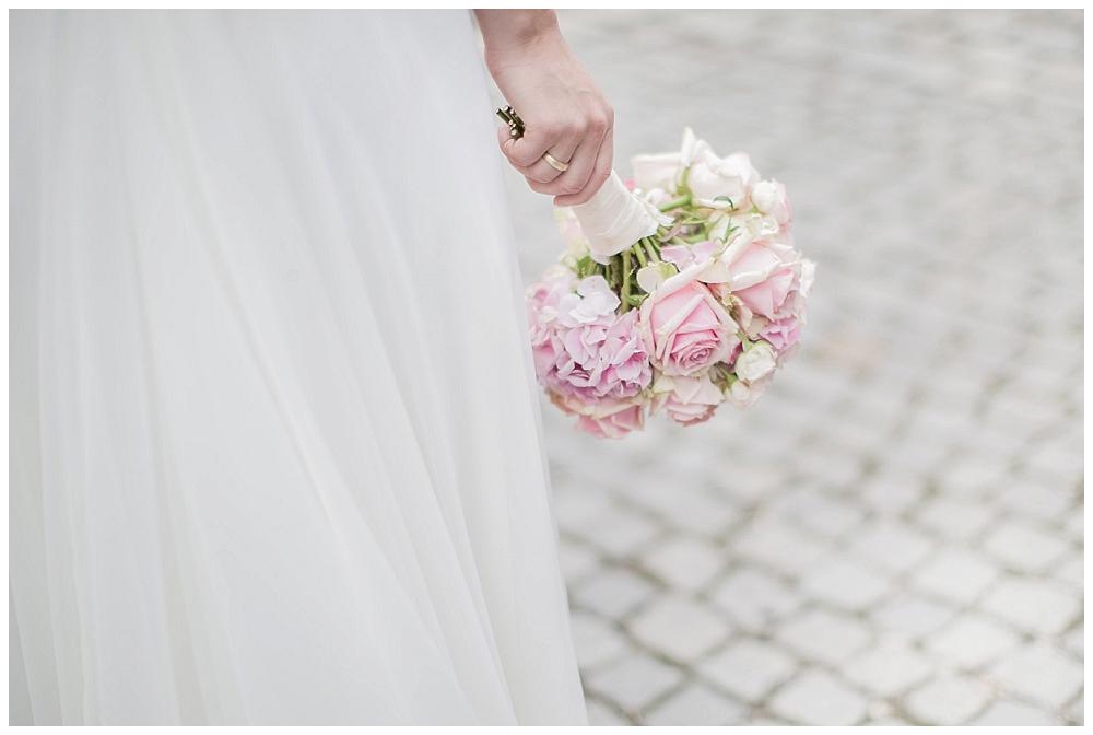 Brautstrauß von Hochzeitsbraut
