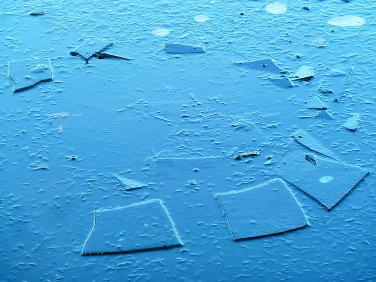 Ice stone henge