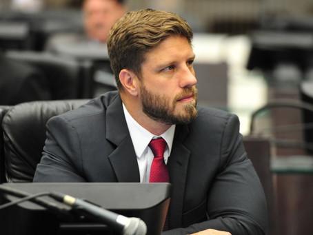 Requião Filho confirma que vai deixar MDB