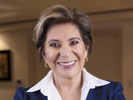 ENTREVISTA: Elizabeth Schmidt falou a respeito dos oito primeiros meses de mandato