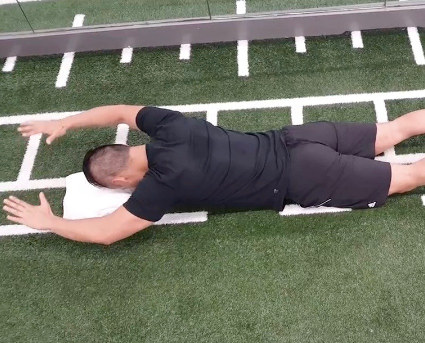 Rebuild Physiotherapy Reverse Snow Angel Physiotherapy Shoulder Exercise