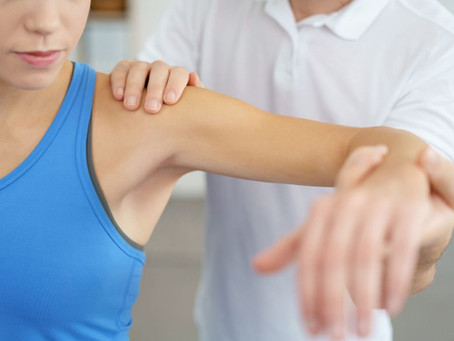 Shoulder Impingement: Early Signs, Treatments, and Exercises