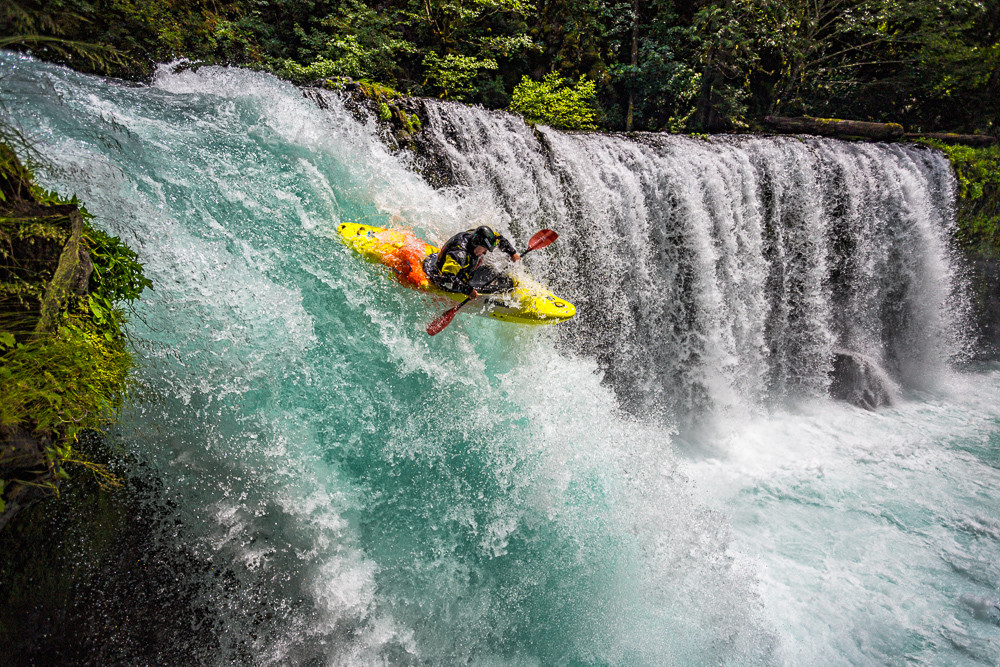 spirit falls kayaking photography