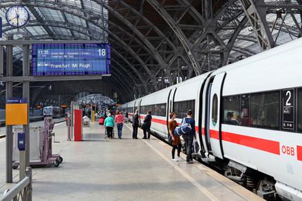 ICE-T im sächs. Bahnhofsteil