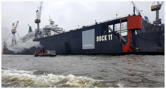 Hafenpolizei vor Dock 11