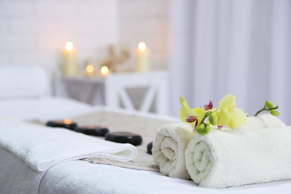Massage_table1.jpeg