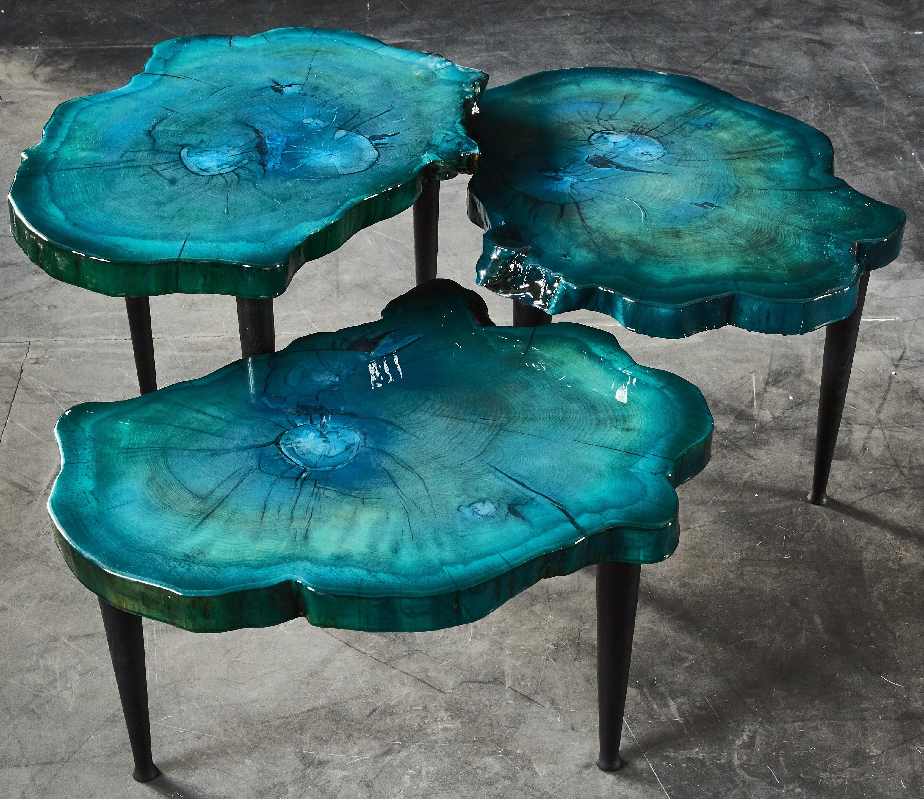table bleu moyen