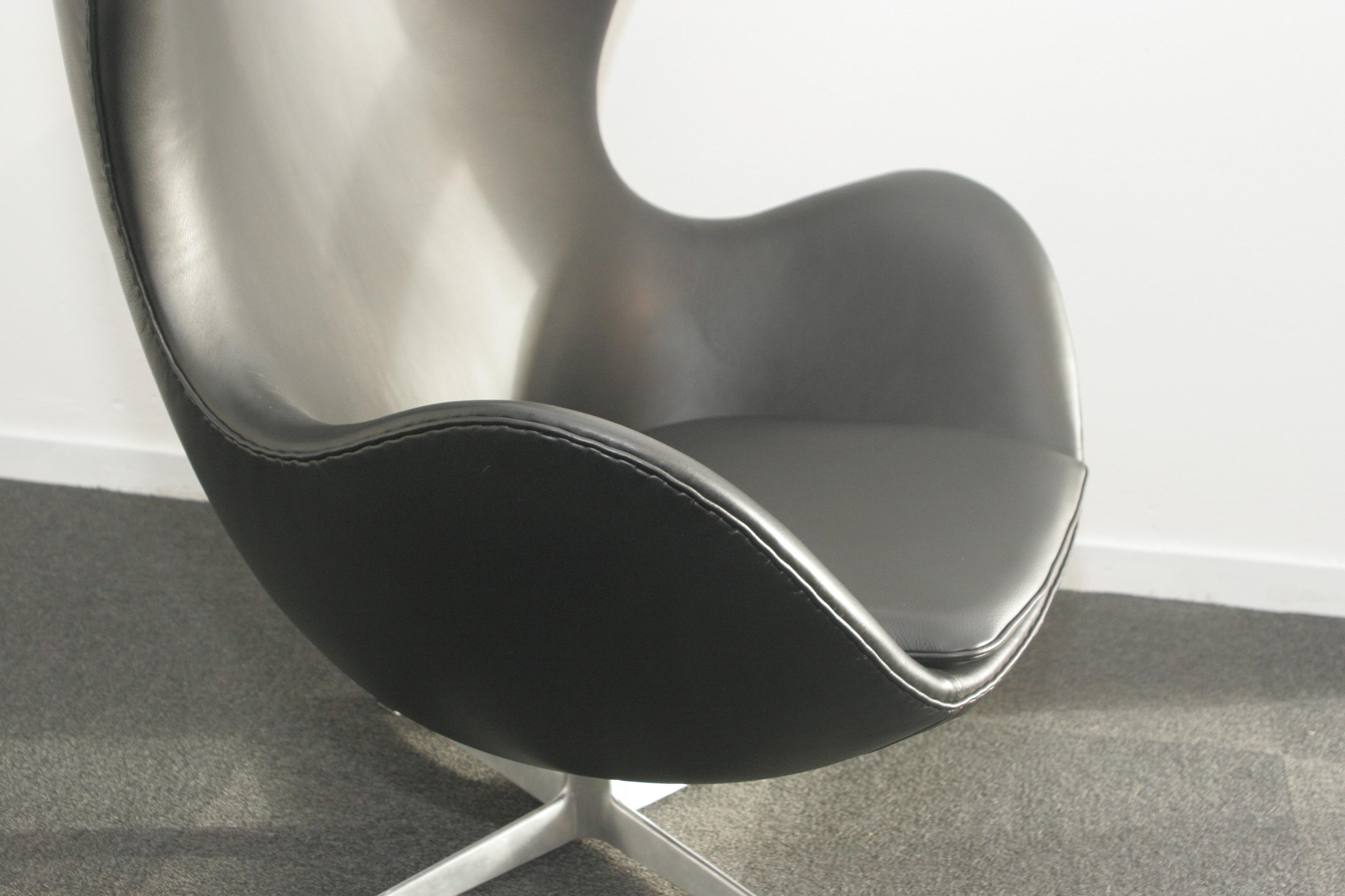 Arne Jacobsen - Ægget