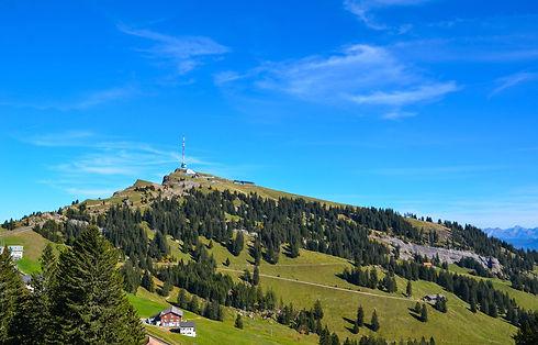 alpine-2871610_1920.jpg