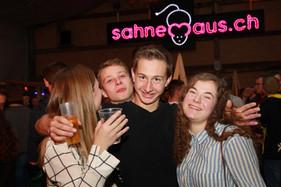 sahnemaus party people