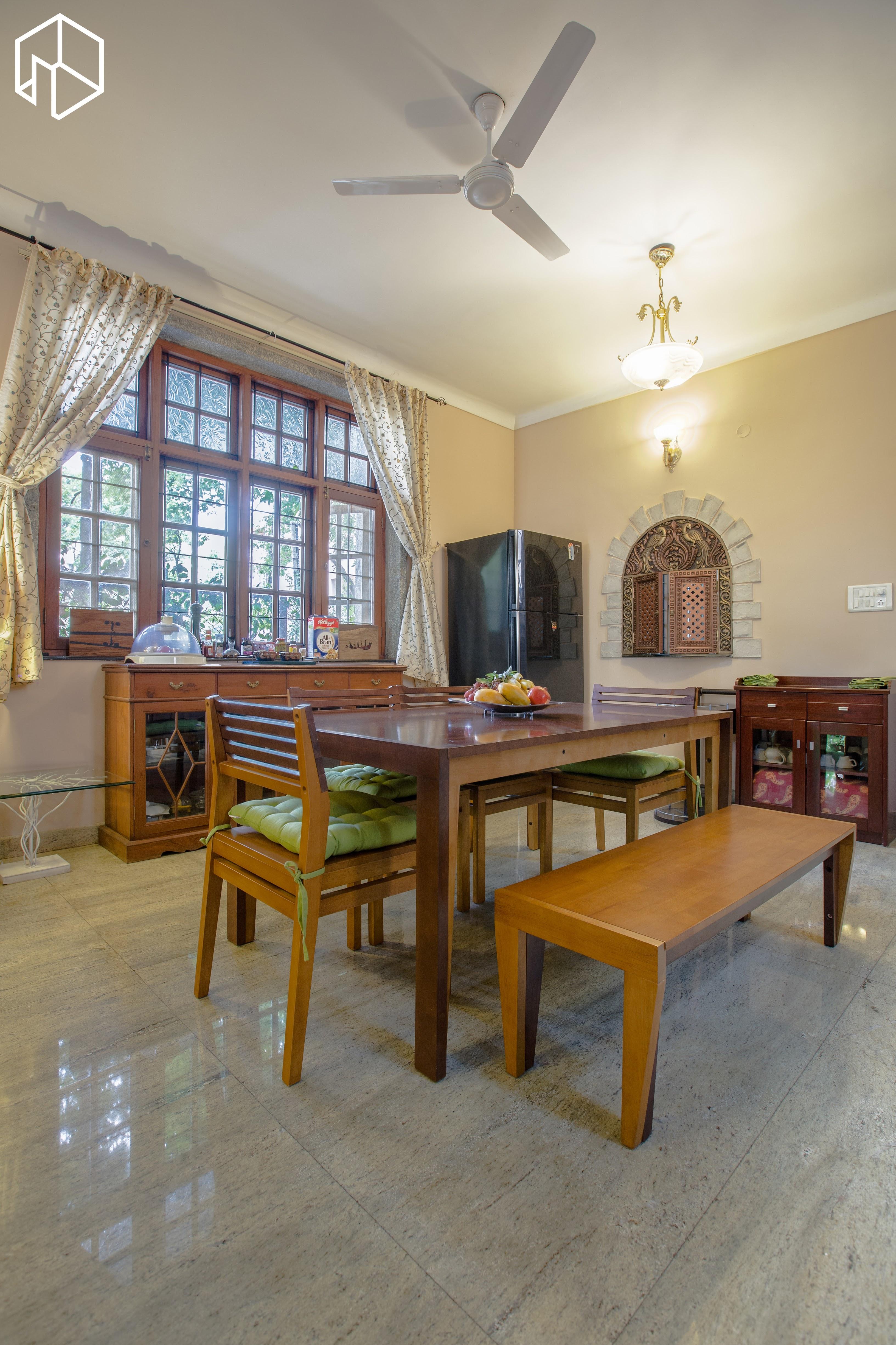 Dining Lounge @ Mi Casa Su Casa