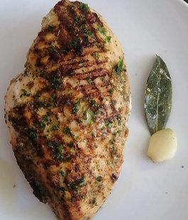 Pechuga de Pollo Grillada Lista! (300 gr)