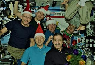 Así celebran la Navidad los astronautas de la Estación Espacial Internacional