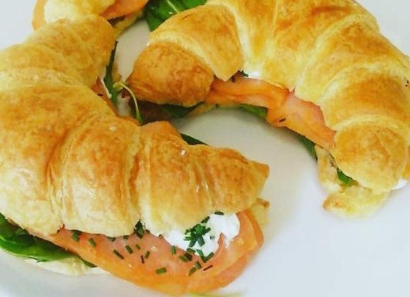 Sándwich de Salmón, queso crema, ciboulette (unidad)