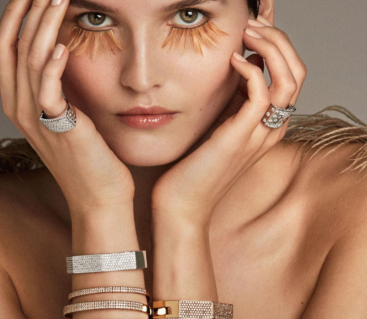 2020_16_12_OK Vanity_Jewels&Piume_07_419_sRGB.jpg