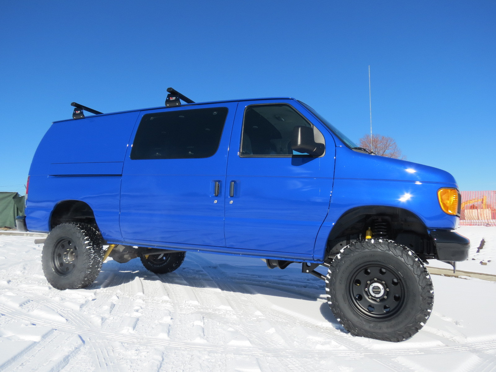 2006 Ford E-250 Nogaro Blue Pearl Timberline 4x4 Van