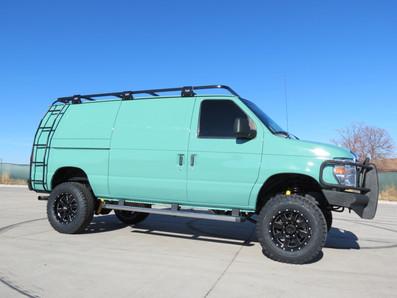 "Timberline 4x4 Van ""Skeeter"""