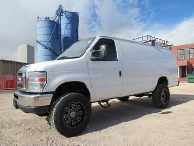 2012 Ford E-350 Extended Timberline 4x4 Van