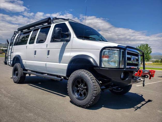 Timberline 4x4 Van E-350