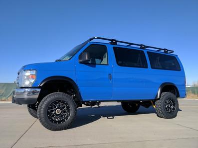 2014 Ford E-350 Supershuttle Passenger Timberline 4x4 Van