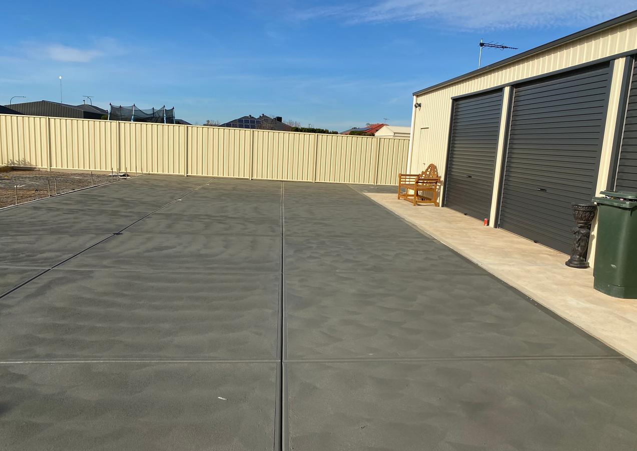 Big Concrete Driveway Angle Vale