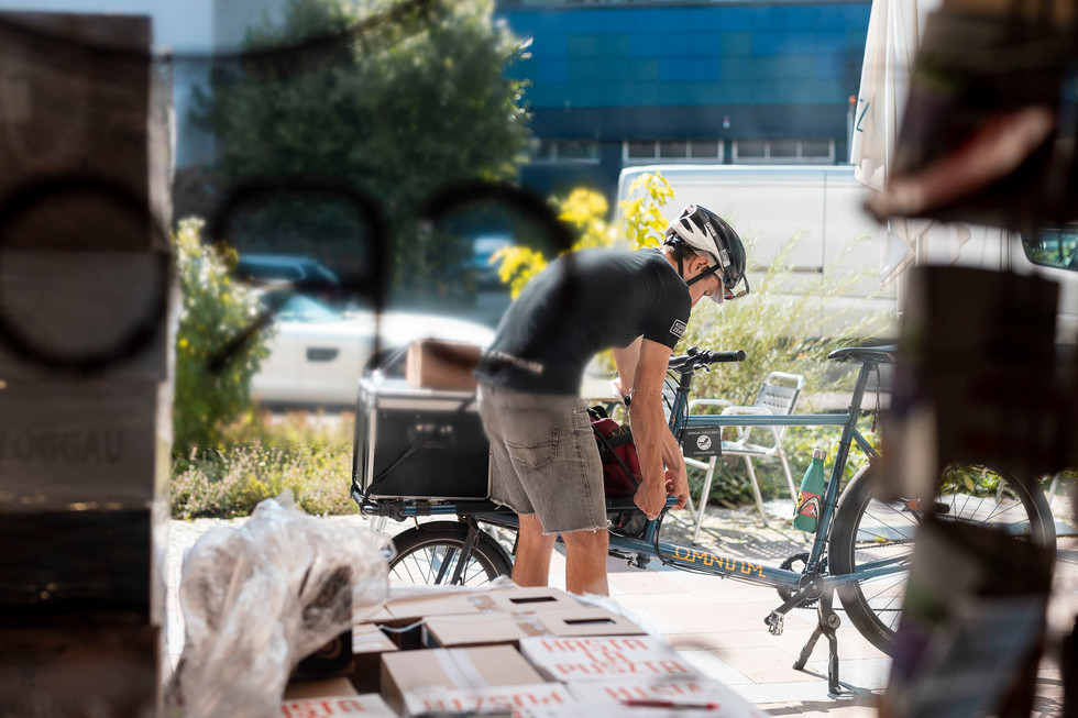 Max als Fahrradkurier in Berlin