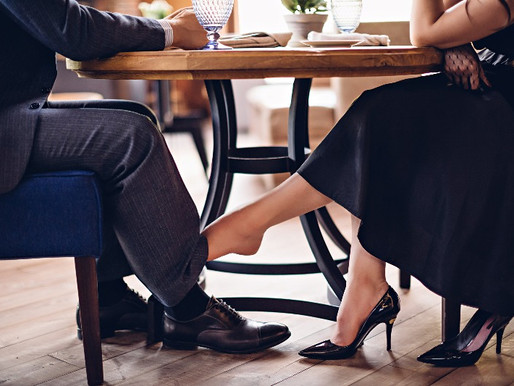 Here's what to talk about on the first date