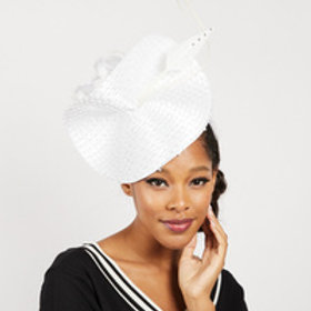 White Braid Derby Day Curved Feather Fasc