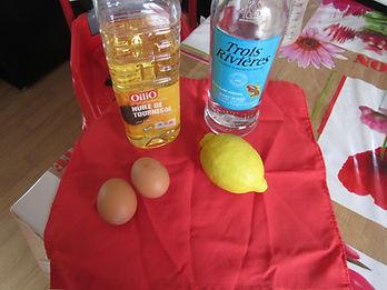 ingrédients shampoing aux œufs, citron, œufs, rhum, huile