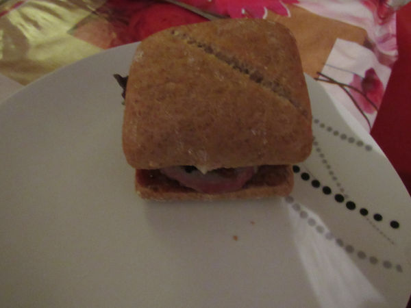 burger avec sauce ducros