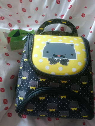 Choisir sac à dos pour rentrée des classes en maternelle.