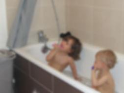 Le brossage des dents chez bébé, astuces, conseils, comment, pourquoi, quand