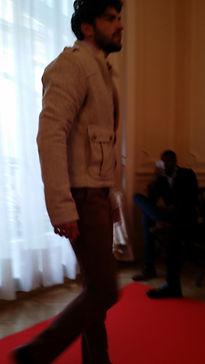 humahua, veste camel, défilé, haute couture, luxe, ambassade