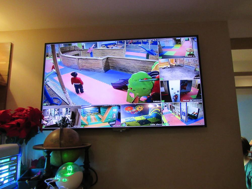 restaurant avec video surveillance enfant