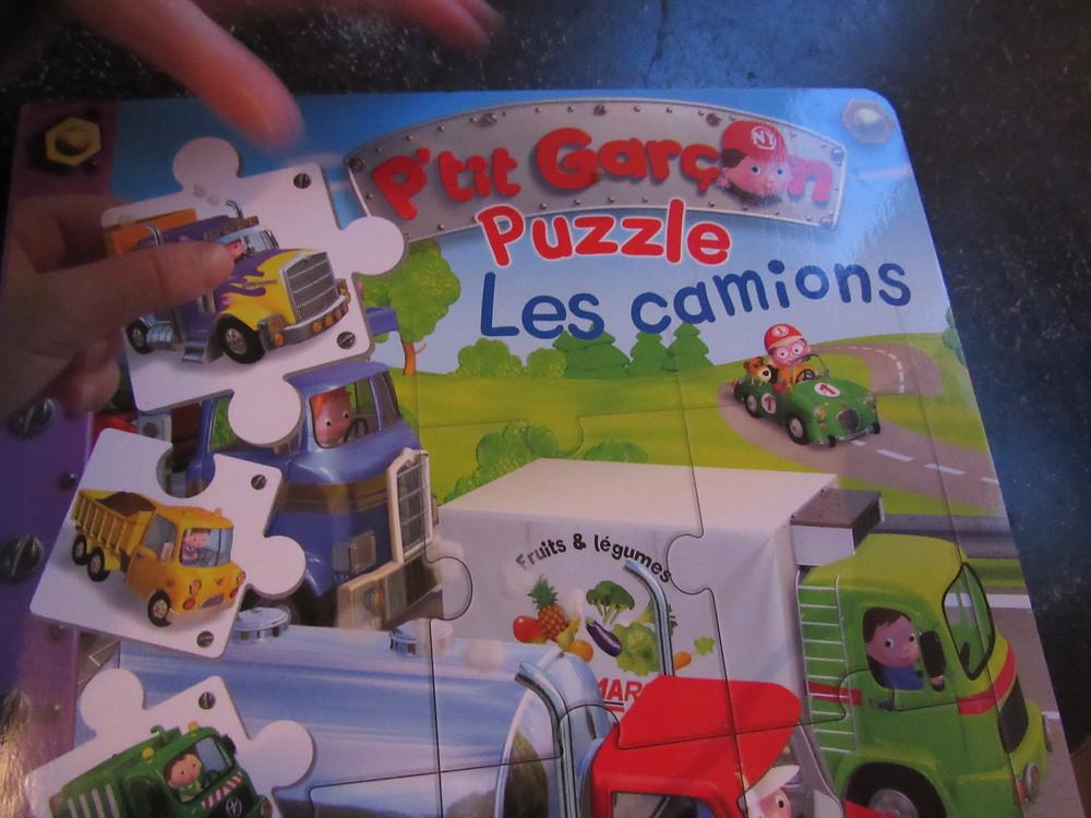 petits garçons, puzzle, les camions