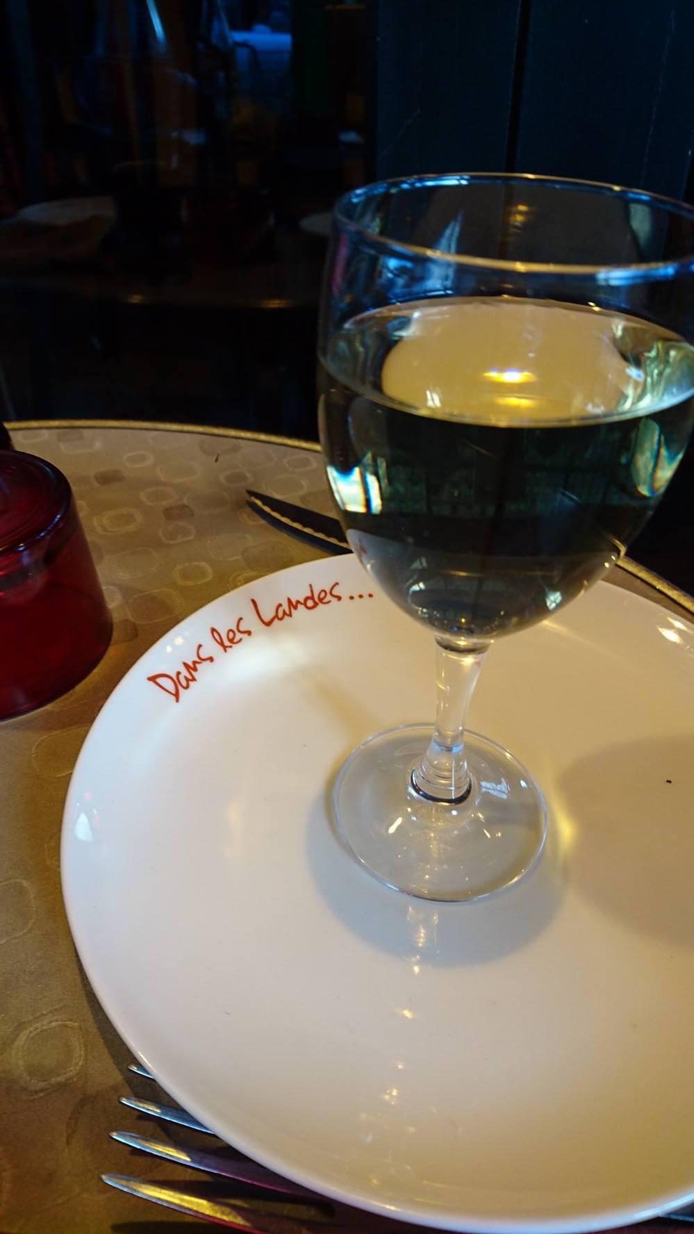 dans les landes, restaurant parisien
