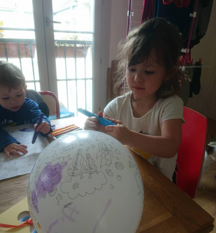 Coloriage de ballon