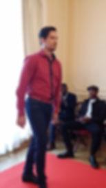 humahua, chemise rouge, pantalon, défilé homme
