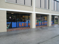 store front wrap4