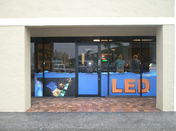 store front wrap5