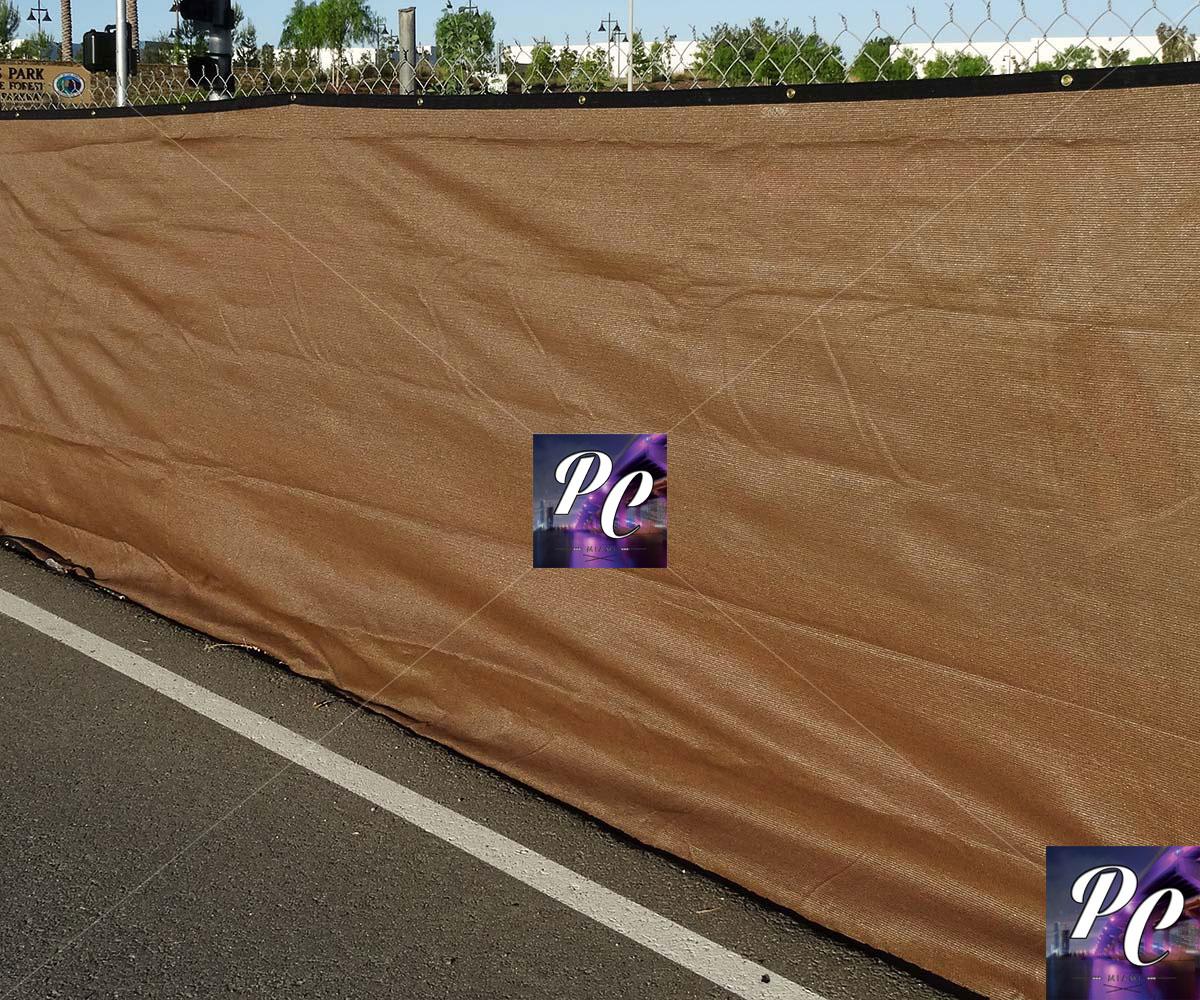Biege-Mesh-Fence-Banner
