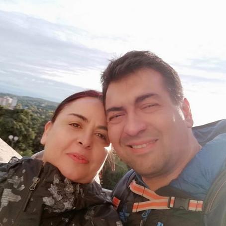Marcus Más y Julia Cava.
