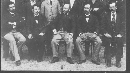 פקידי הברון רוטשילד 1896