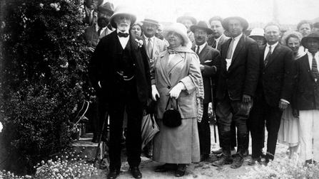 רוטשילד בזכרון יעקב, 1925