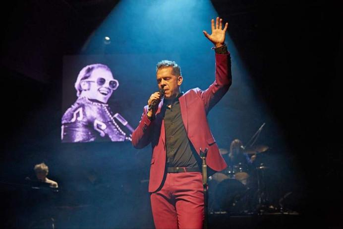 Tribute to Elton John - Eric Hättenschwiler - © Francesca Pfeffer