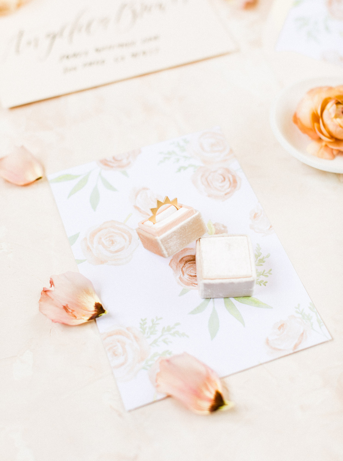 188a7ff5e9f ... Apricot Bridal Editorial - Cavin Elizabe ...