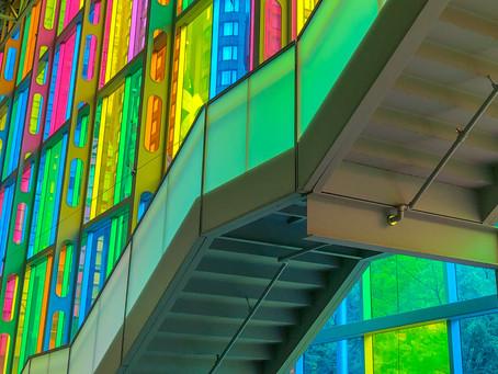 Stunning Multicolor Spots in Montréal