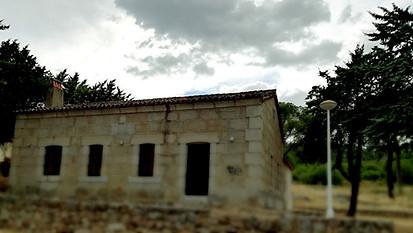 Vista exterior del Refugio Los Camineros
