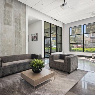 NewRo Studios - Lobby Lounge